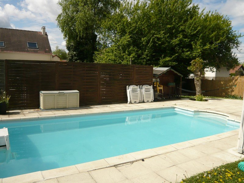 Piscine taverny for Piscine franconville